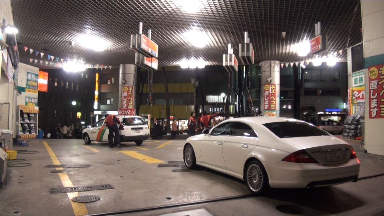 Gas station with hoses from the ceiling is one of the ways to conserve valuable space